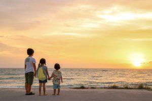 沖縄家族旅行をプランニングしよう!エリア・年齢別のコツは?
