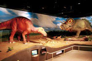 甲信越の恐竜スポット・博物館・公園7選!長野市茶臼山恐竜園など