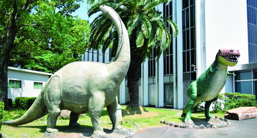 タルボサウルスなどの復元模型/東海大学・自然史博物館(静岡県/静岡市)