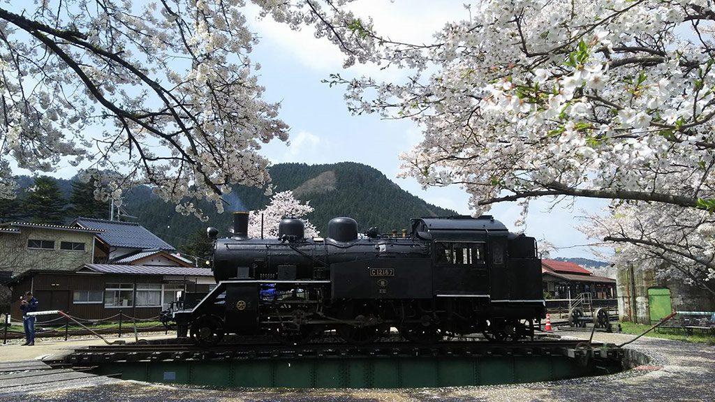 転車台とSL/若桜鉄道若桜駅・転車台(鳥取県/八頭郡若桜町)