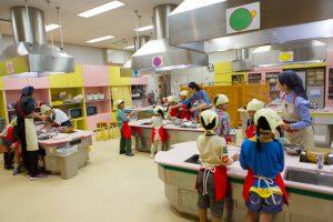キッズプラザ大阪は、お仕事体験や巨大な室内遊具が人気の博物館