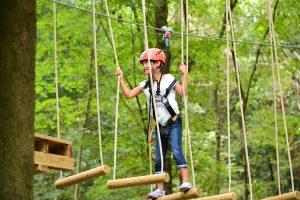栃木県のアスレチック10選!空中・水上コースから公園のアスレチック遊具まで