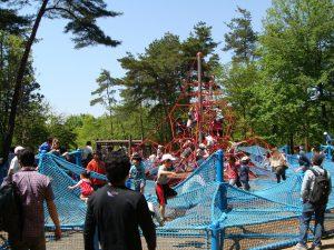 埼玉県のアスレチック11選!大型公園や空中のジップライン・ネット遊具に注目